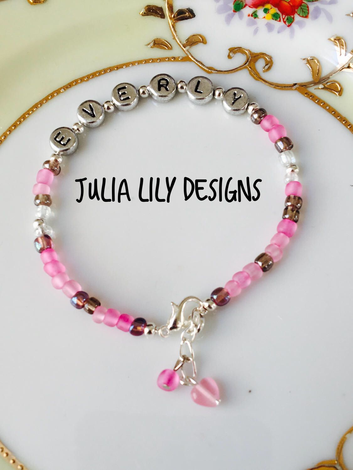 Personalized girls and womenus pink beaded bracelet gift boxed new