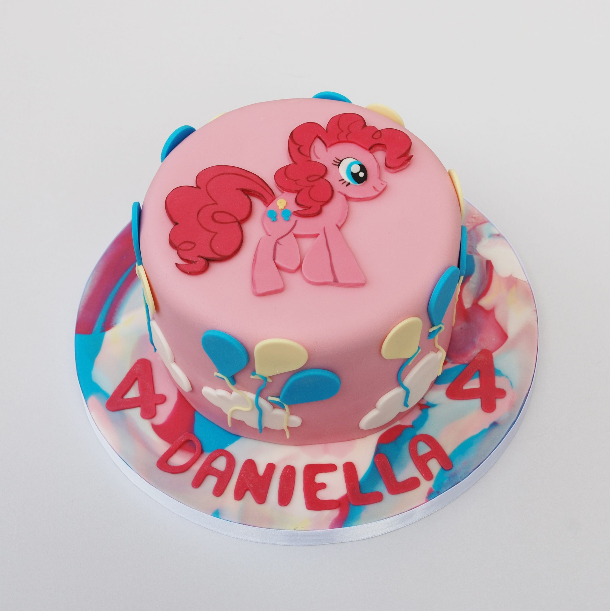 Cake Images With Name Pinky : Pinkie Pie cake kindertaarten Pinterest Pinkie pie ...