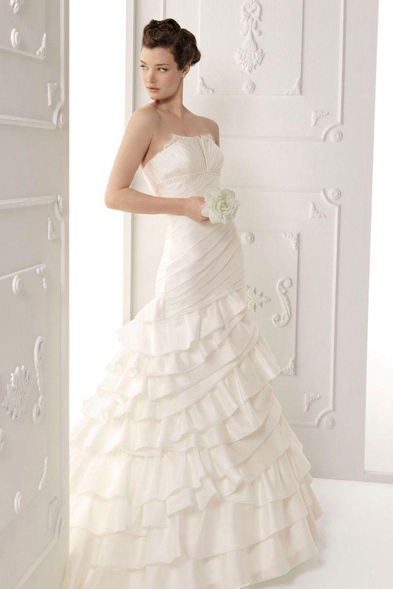 Glamorous Strapless Taffeta Mermaid Floor Length Layered Wedding Dress Wedding Dresses Designer Wedding Dresses A Line Wedding Dress [ 1200 x 800 Pixel ]
