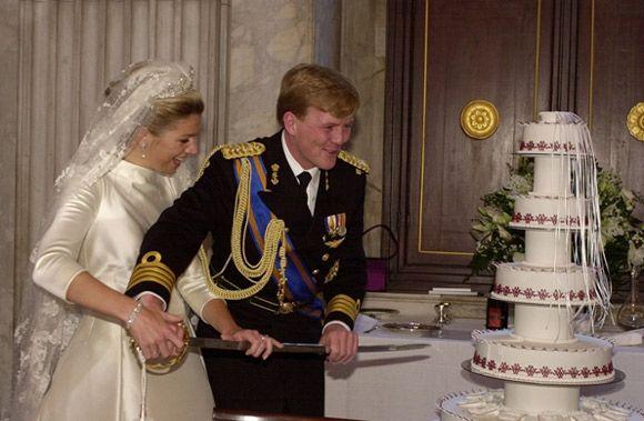 Willem Alexander And Maxima Celebrate Their 14th Wedding Anniversary Photo 9 Royal Wedding Cake Royal Weddings Royal Wedding