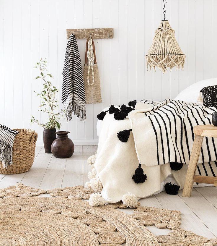 Boho bedroom, natural interiors, beach house decor #bohobedroom