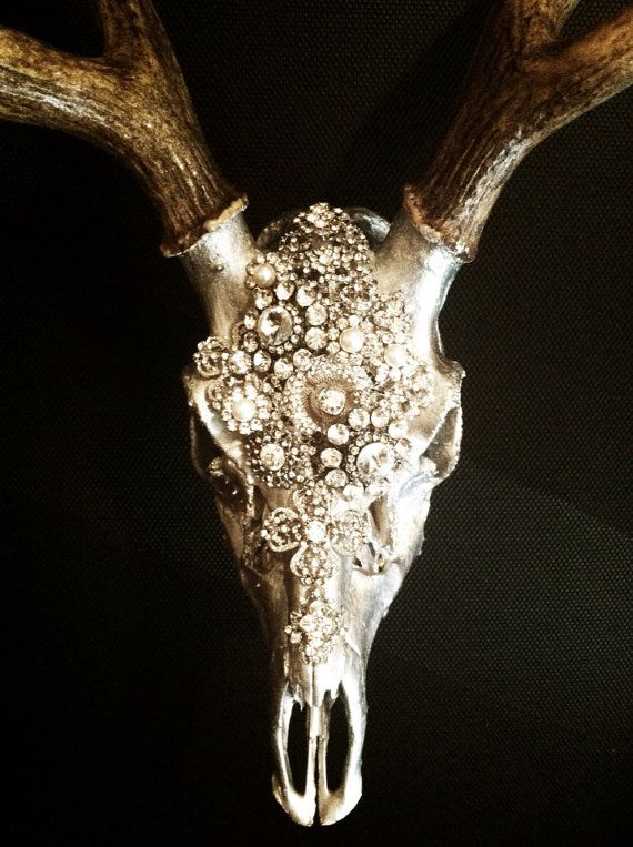 Embellished deer skull by MolliePDesigns on Etsy. I could so do