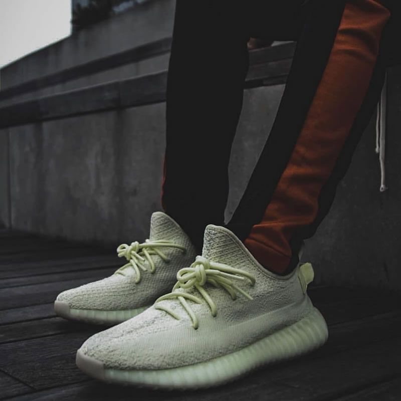 Adidas Yeezy Boost 350 V2 Blade Sample