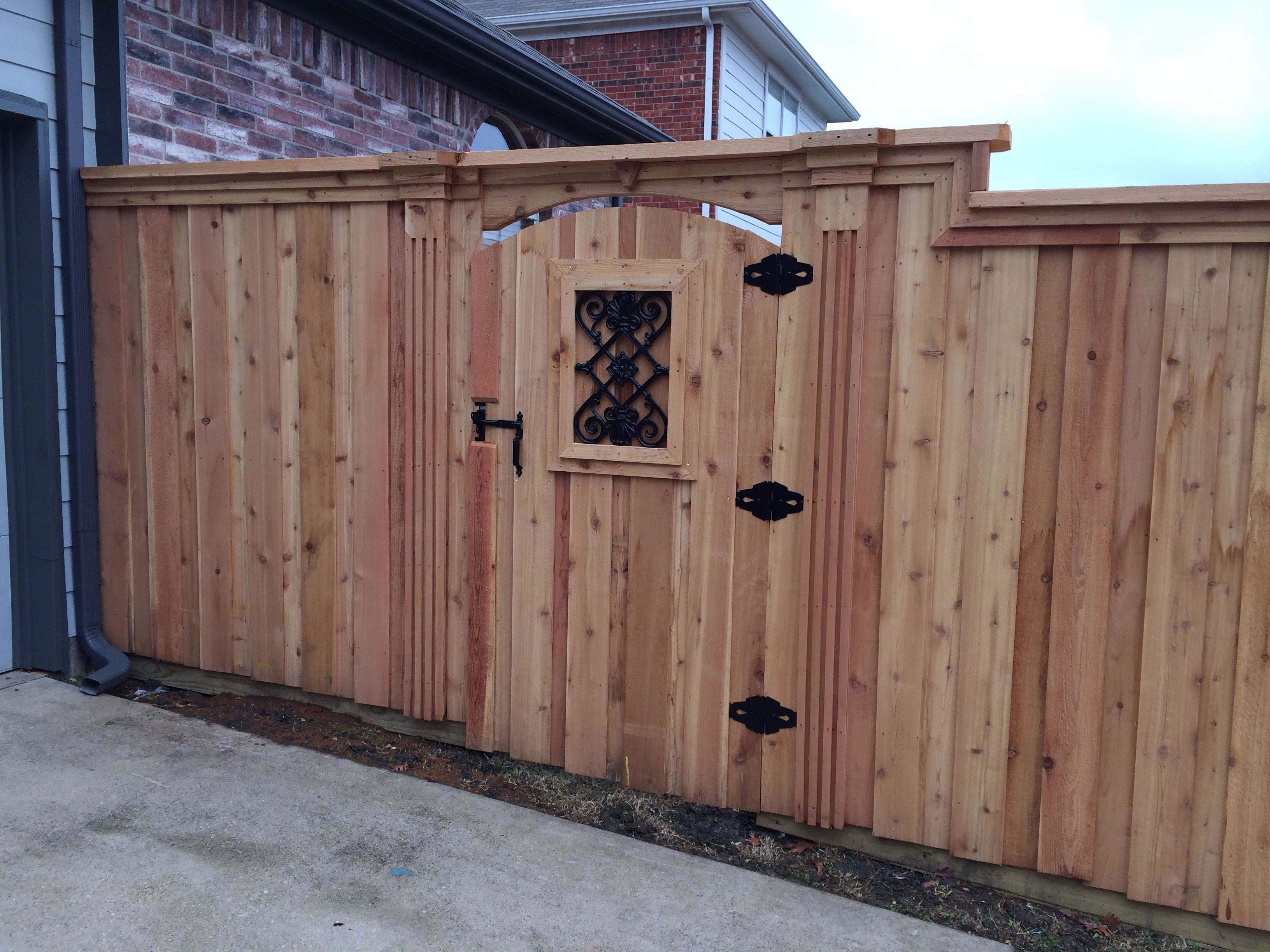 Decorative Cedar Gate Arch Fence Fences