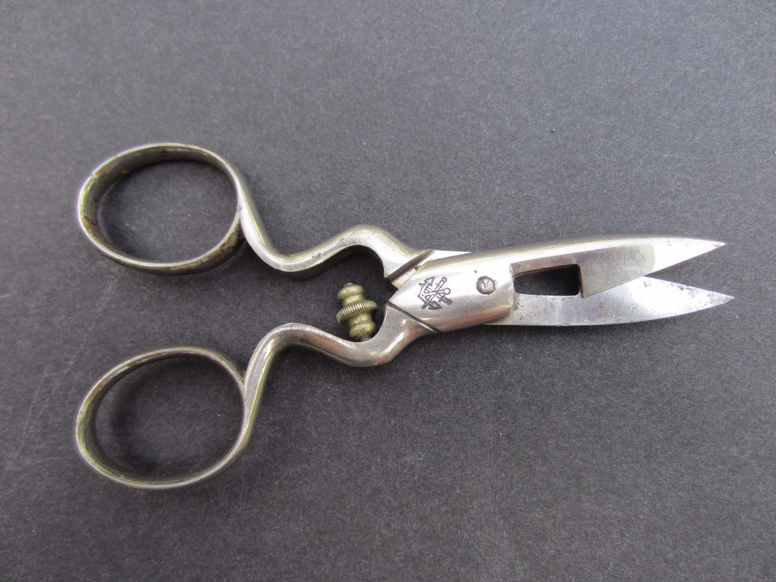 Button hole scissors germany
