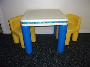 details about vtg little tikes classic kids childs activity table chairs set blue yellow. Black Bedroom Furniture Sets. Home Design Ideas