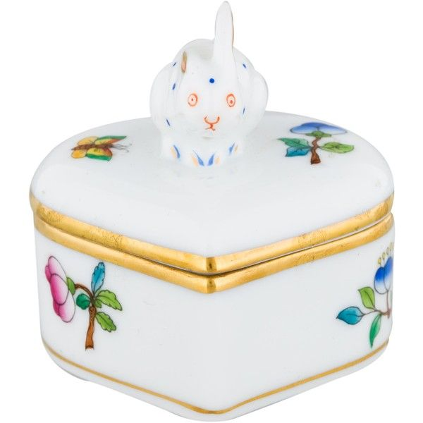 Pre-owned Herend Queen Victoria Heart Box with Bunny (250 BRL) ❤ liked on Polyvore featuring home, home decor, small item storage, gold, floral home decor, stamp box, heart shaped box, heart home decor and lidded box