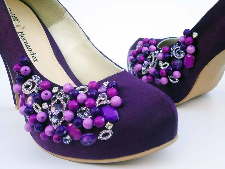 Hermosas Zapatillas color Morado, con Pedrería bordada.. Lleva tus ...