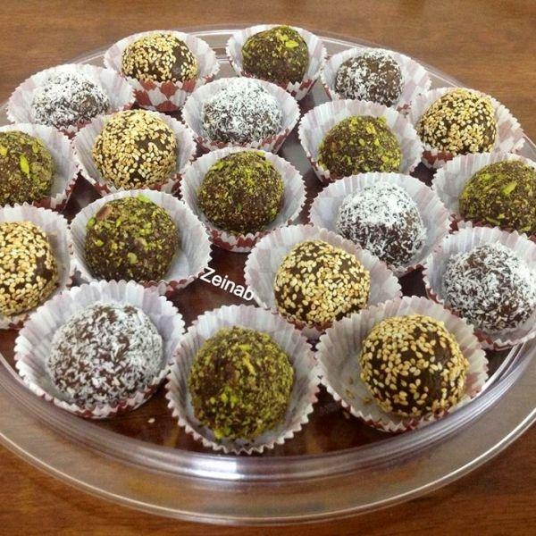 رفيق القهوة العربية هو التمر جربي كرات التمر بشكلها المغري مع قهوتك اليوم تطبيق طبخي وصفات حلويات طبخي قهوة Recipes Food Breakfast