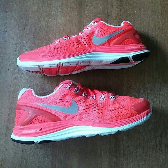 Nike Lunarglide 4 Femmes Taille 9 dégagement CwRq6OK