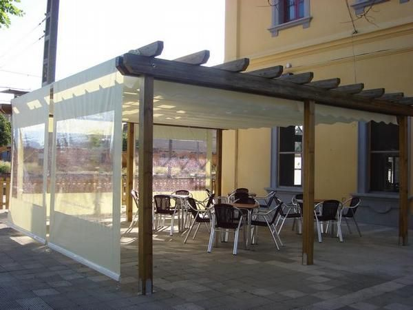 Pergolas para terrazas de bares cafeter as teterias etc for Patios y terrazas