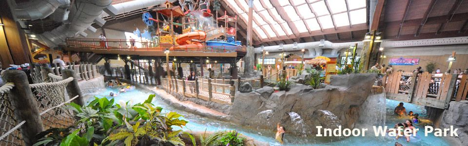 Lake George Attractions Fun At Six Flags Indoor Waterpark For
