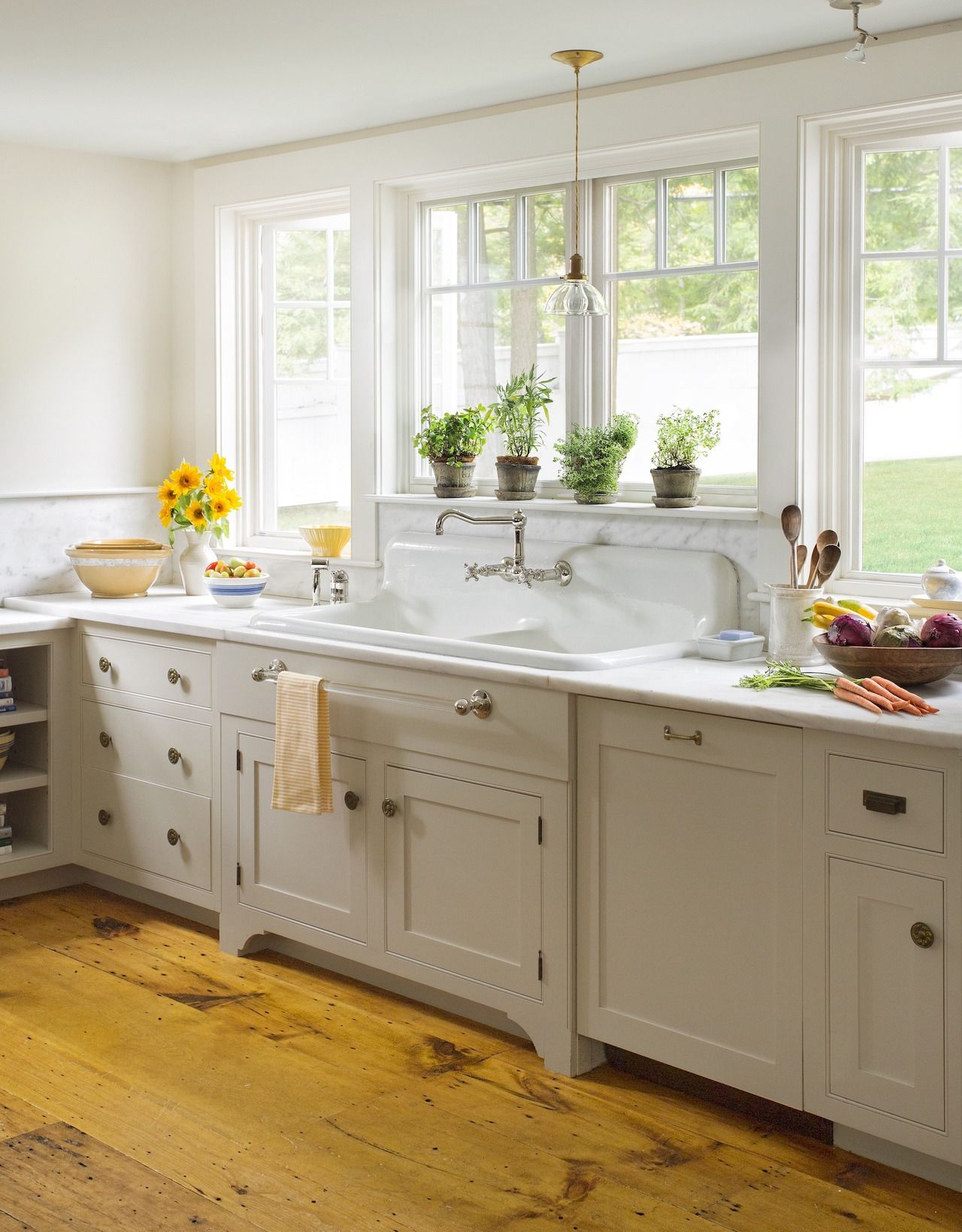 This Old House Photograph For This Old House By Eric Roth Country Kitchen Home Kitchens Kitchen Design
