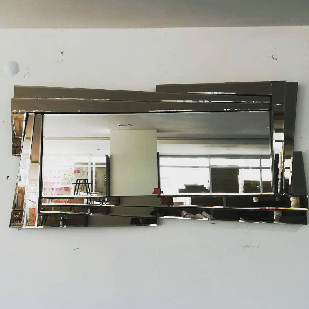 Birbirinden Sik Tasarimli Aynalar Burada Aynamodelleri Ayna Didimaltinkum Didim Altinkum Apollontapinagi Mobilya H 2020 Ev Mobilyalari Mobilya Aynalar