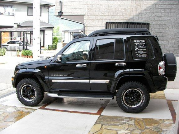 the jeep liberty or jeep cherokee kj kk outside north. Black Bedroom Furniture Sets. Home Design Ideas