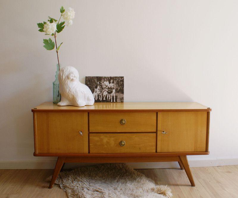 Vintage dressoir of retro kaptafel houten kast jaren 60 for Jaren 60 meubelen