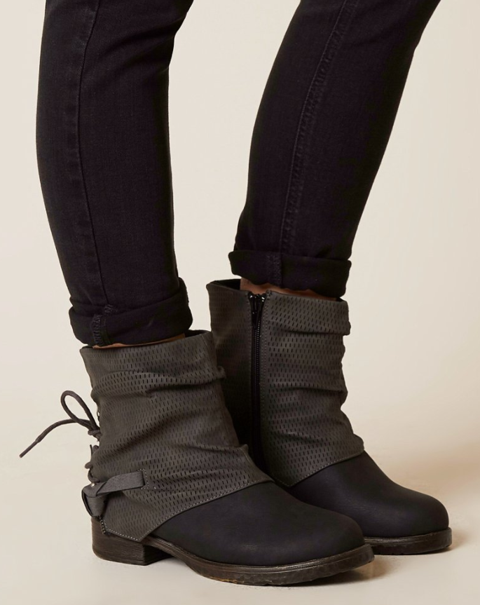 32744a1652b1 Casual Black Ankle Boots   bke Sole Meg Ankle Boot