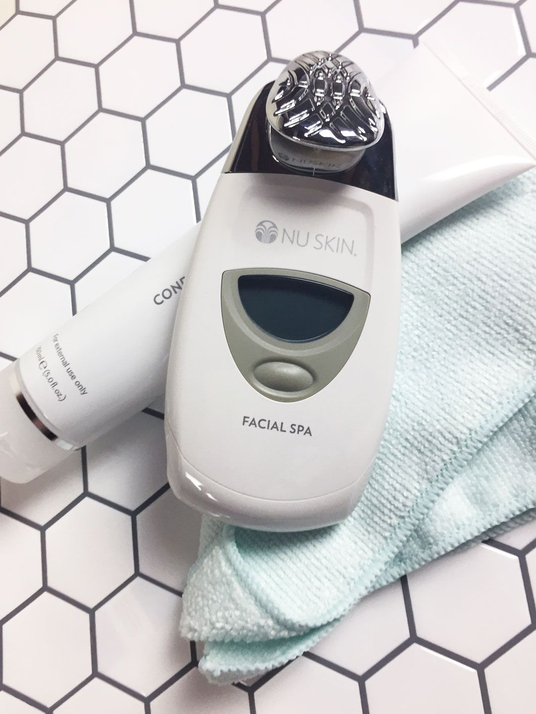 Ageloc galvanic spa system ii white galvanic spa spa and nu skin