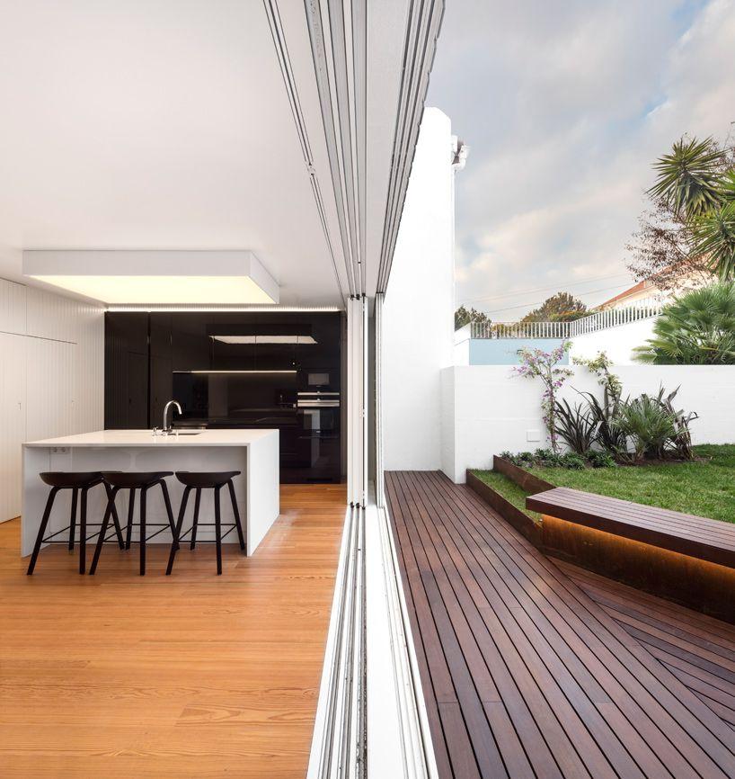 joao-tiago-aguiar-arquitectos-restelo-house-spain-designboom-02