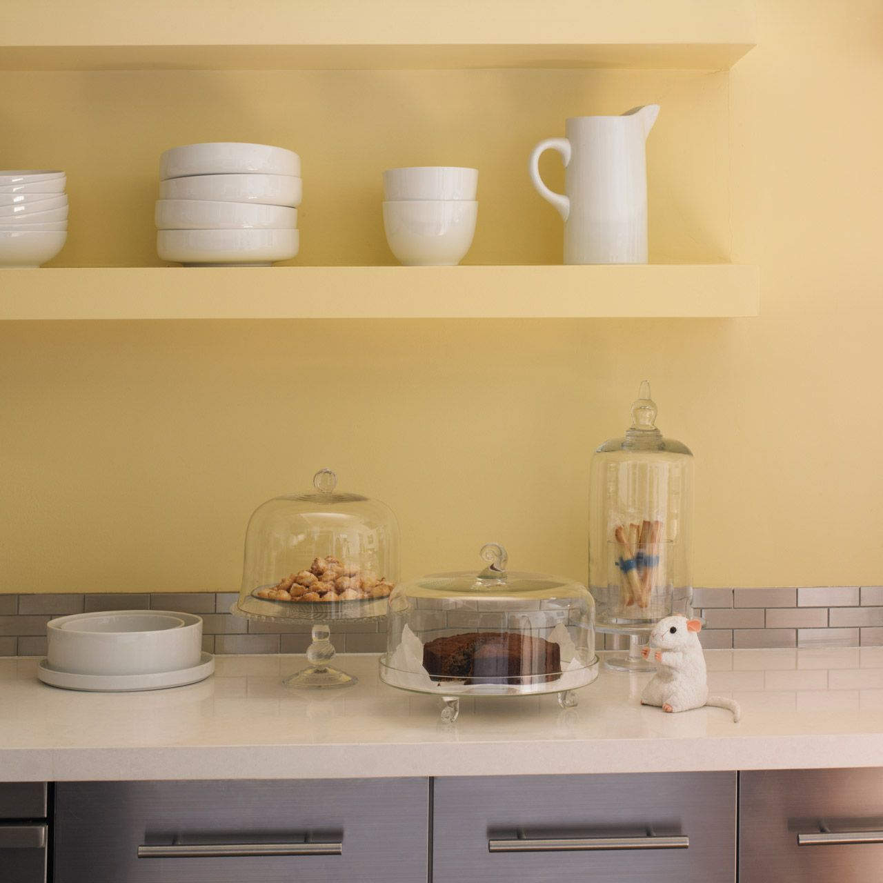 Yellow Paint For Kitchen Walls: Dunn-Edwards Paints Paint Color: Wall: Gold Sand DE5429