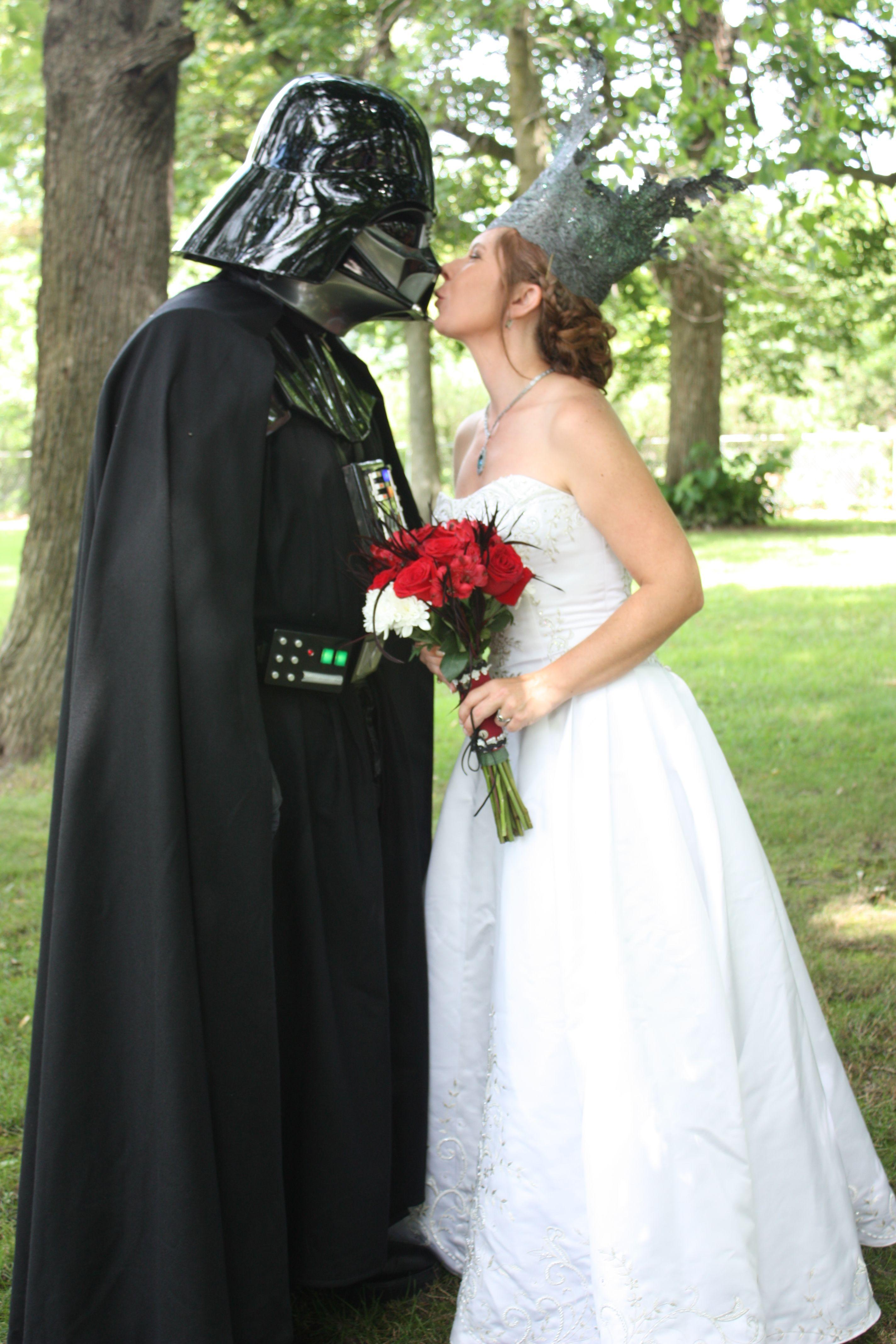 Star Wars Wedding  Kissing Darth Vader