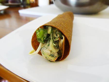 Tomato zucchini raw wrap recipe zucchini wraps and recipes tomato zucchini raw wrap forumfinder Image collections