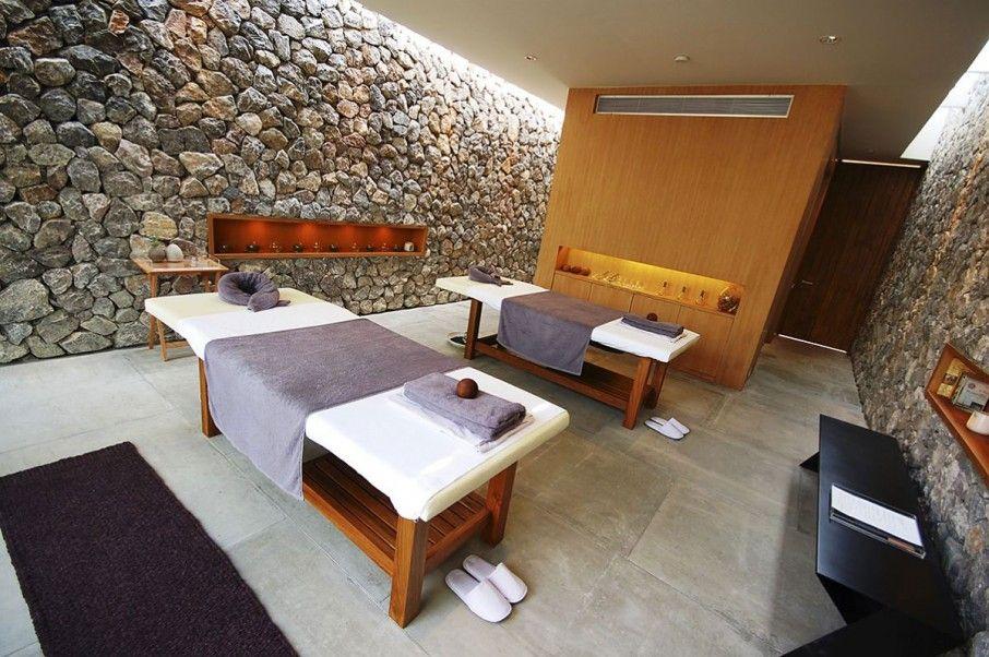 Modern massage room decor reiki energy work for Hotel spa decor