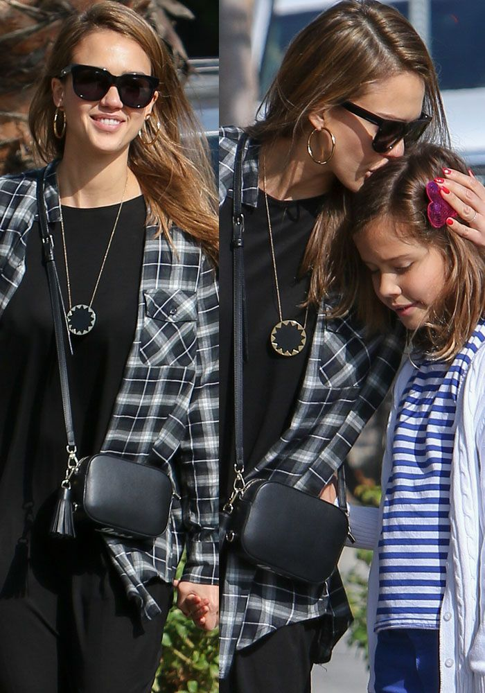 Jessica Alba And Her Husband Cash Warren Take Their Daughters For