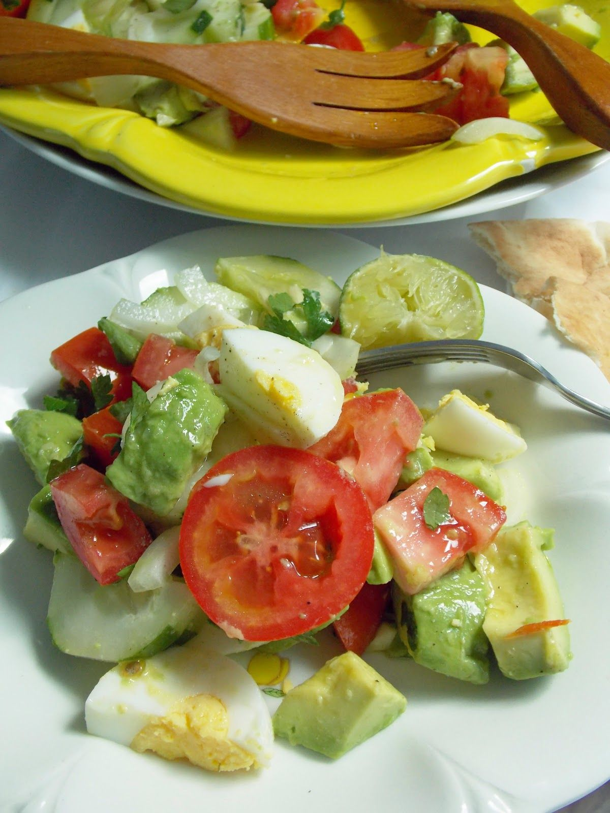 food and thrift: Tomato, Avocado, and Cucumber Salad