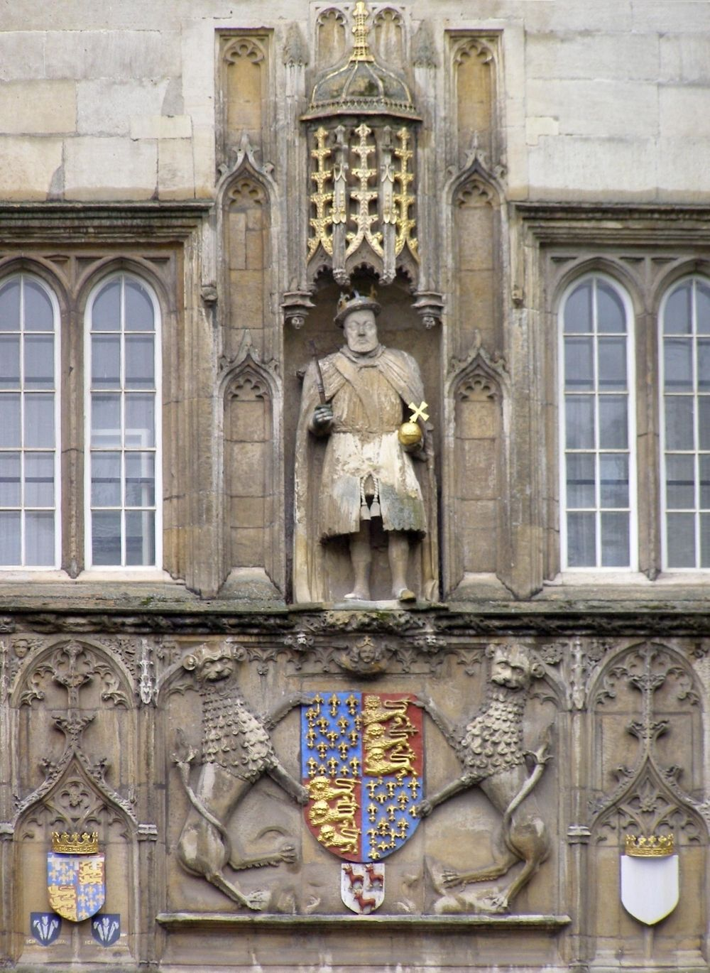 Statue of Henry VIII, Trinity College - King Henry VIII Photo