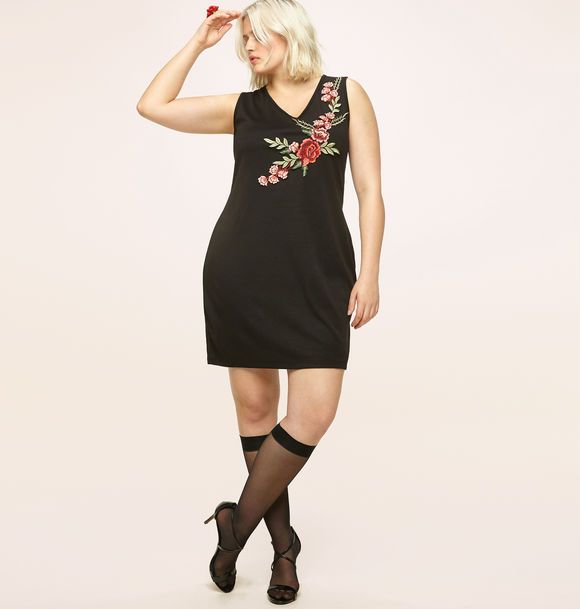 37271ddd4076 Shop new simple summer dresses like our plus size Rose Applique Dress  available in sizes 14
