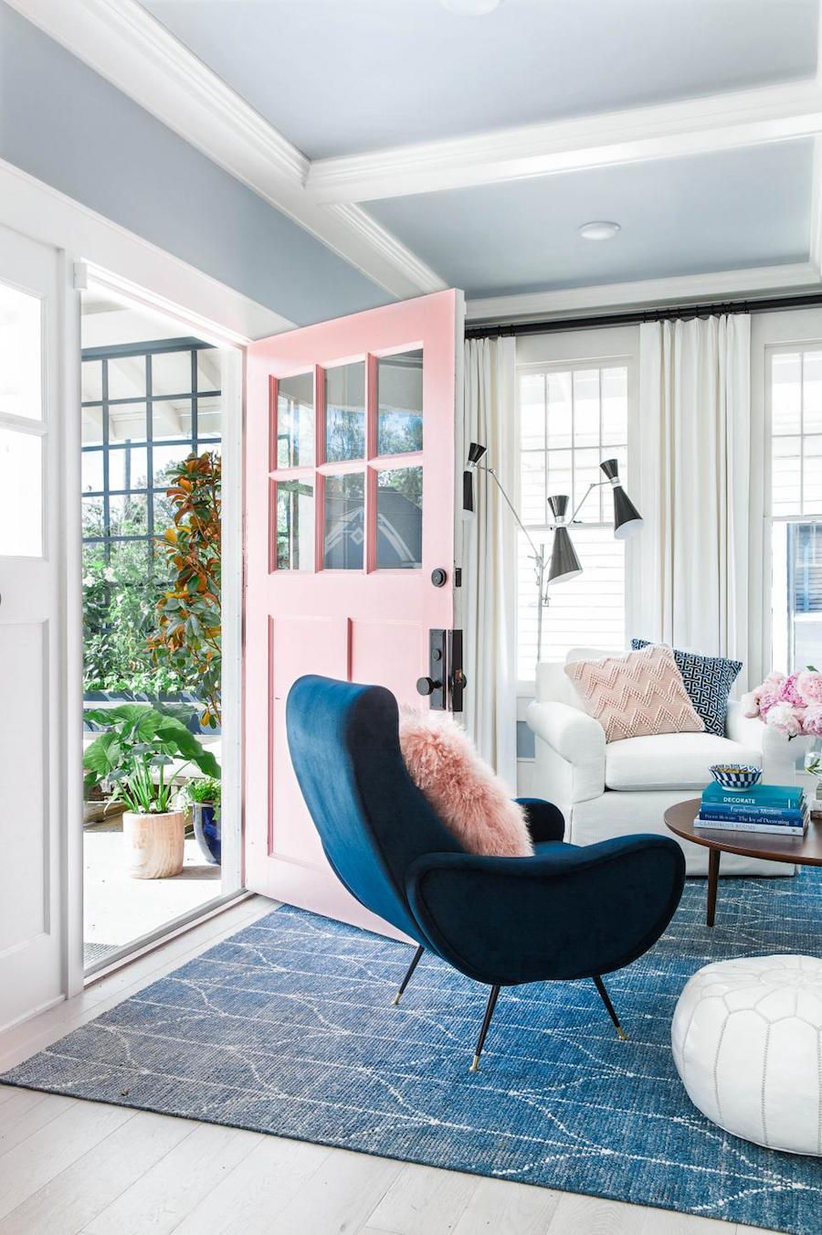 Color To Steal Navy And Blush With Images Livingroom Layout