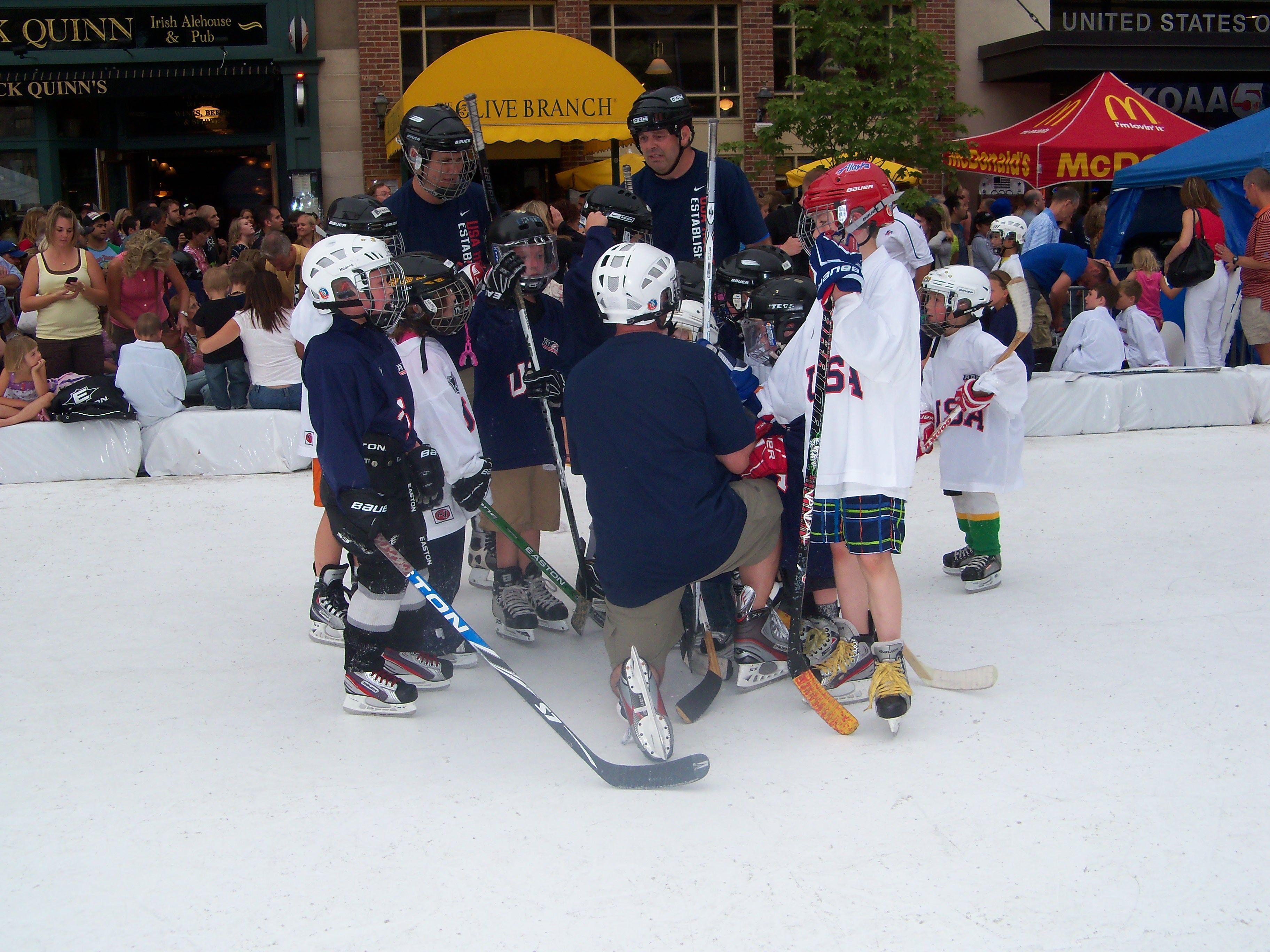 2012 Summer Olympic Celebration In Downtown Colorado Springs Photo Justin Felisko Usa Hockey Magazine 2012 Summer Olympics Usa Hockey Summer Olympics