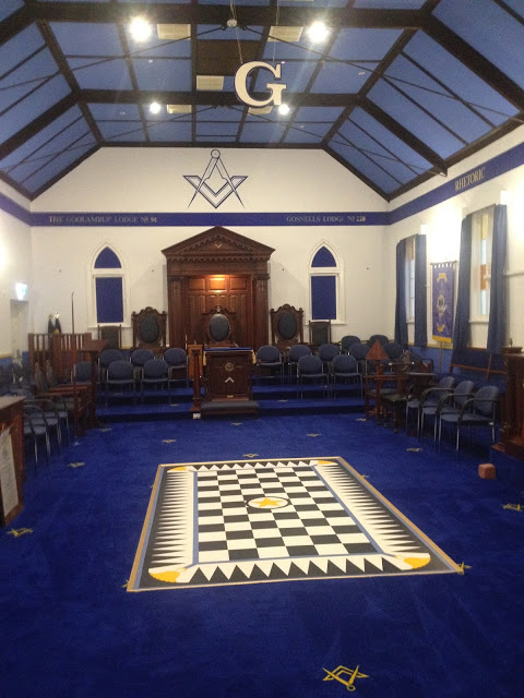 GALLERY (With images) Grand lodge, Lodge furniture