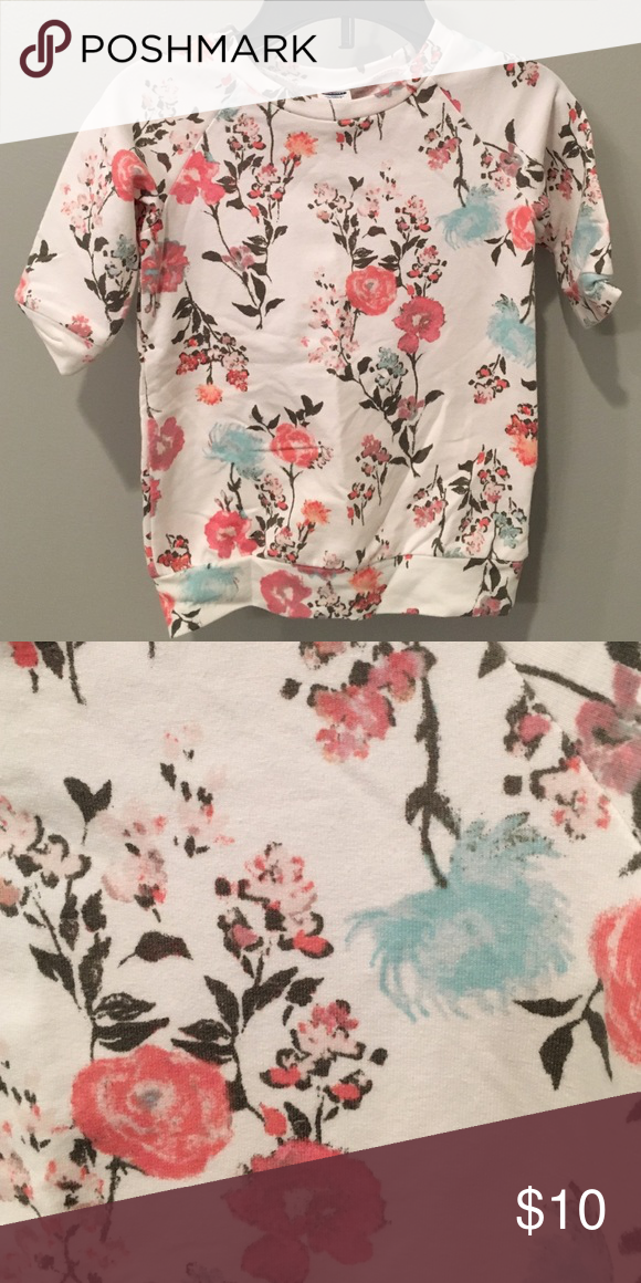 Old navy dress Floral sweatshirt dress from old navy.  Wore 2-3 times. Old Navy Dresses Casual