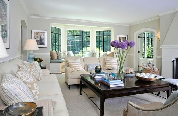 How To Utilize The Bay Window Space Living Room Windows Family Living Rooms Living Room Designs