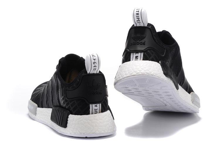 adidas nmd womens black and white