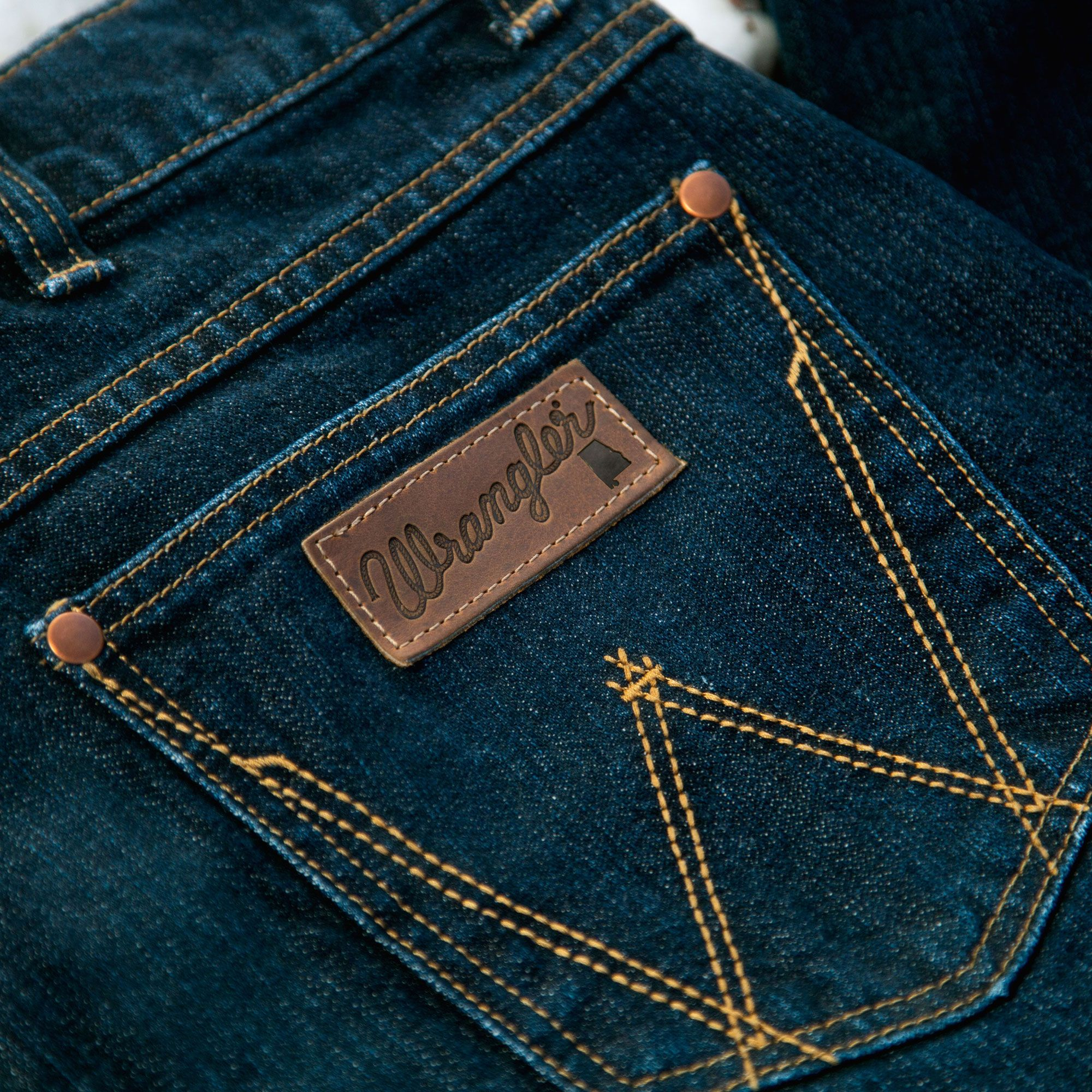 Men S Wrangler Rooted Collection Alabama Slim Fit Jean In Alabama Wash Denim Jeans Men Denim Shirt With Jeans Mens Fashion Denim