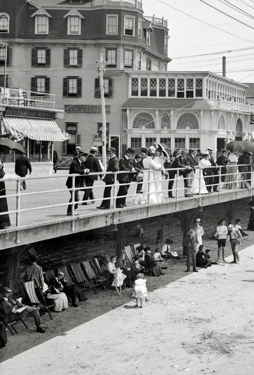 The Boardwalk In Atlantic City Over And Under C 1905 Atlantic City Boardwalk Atlantic City Boardwalk