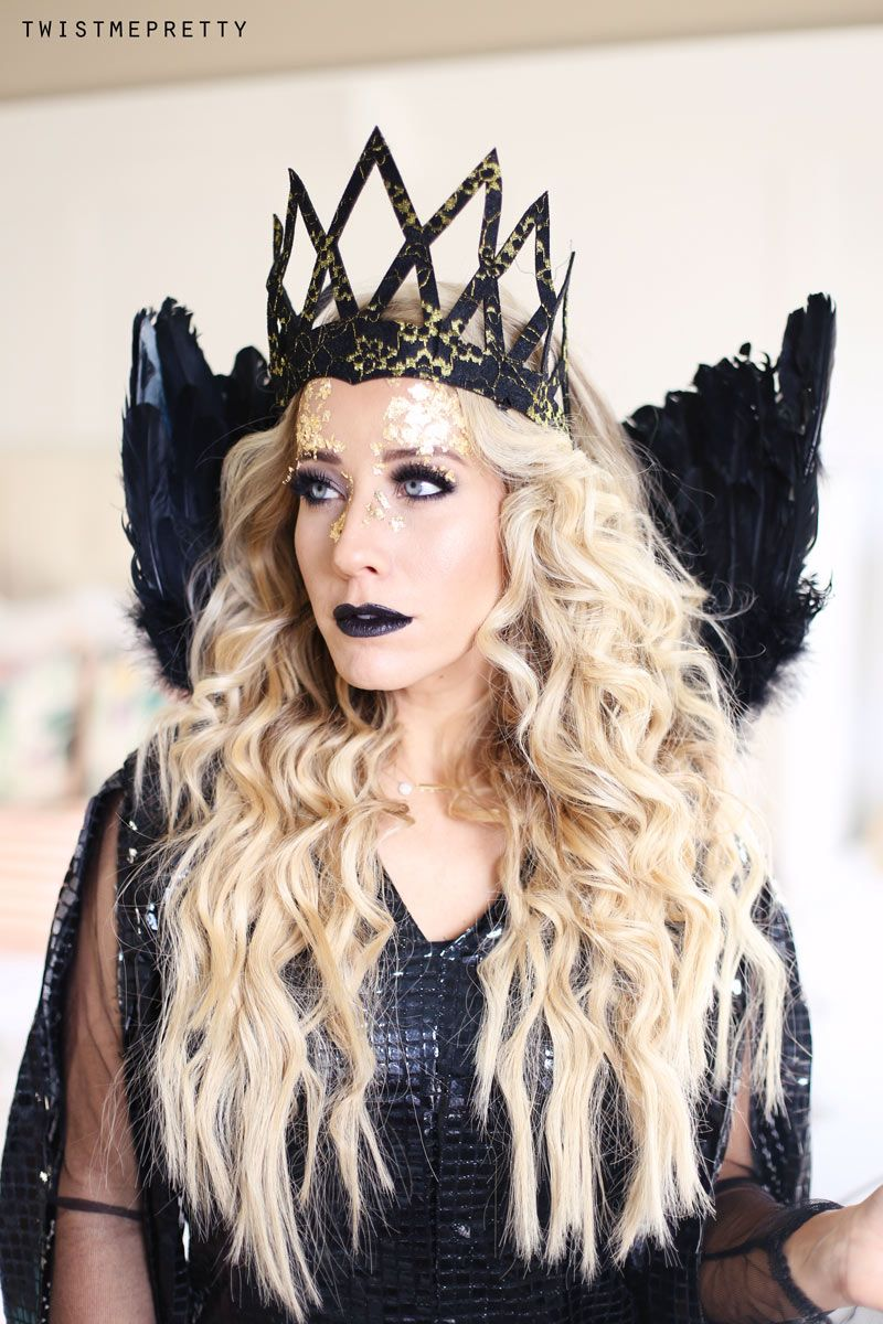 Evil Queen Makeup Hair Tutorial Queen Ravenna Twist Me Pretty Evil Queen Makeup Queen Makeup Cool Halloween Makeup