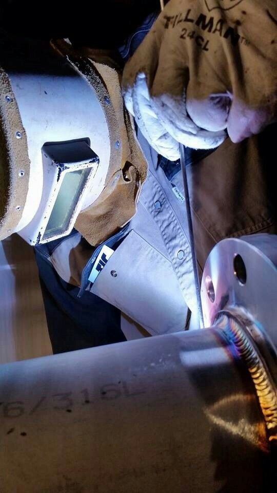 Pin on pipe welder