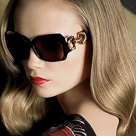 fashion sunglasses for women  Women+Wearing+Sunglasses