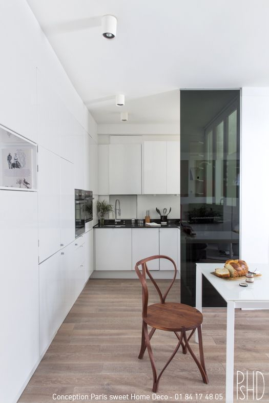 Cuisine blanche tout intégrée, quand la cuisine se cache derrière - Plan Maison Sweet Home 3d