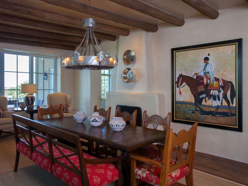 Step Inside A Stunning Adobe Home In Santa Fe Adobe House Santa Fe Style Decor Southwestern Decorating