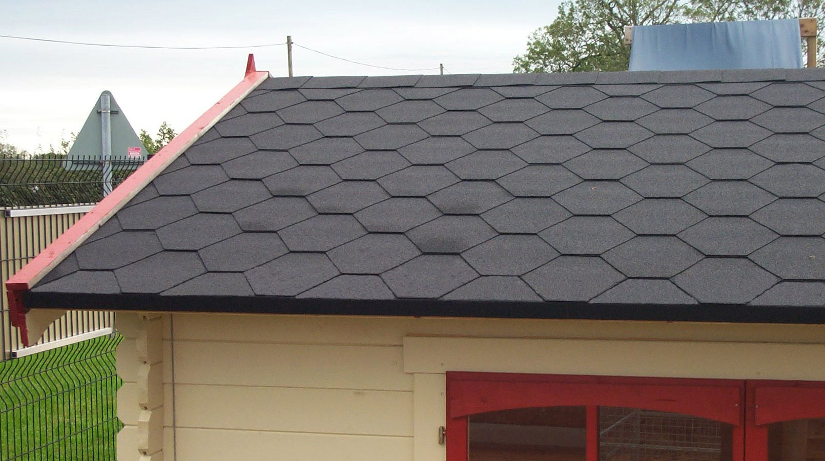 roof shingles provide great protect for roofs across