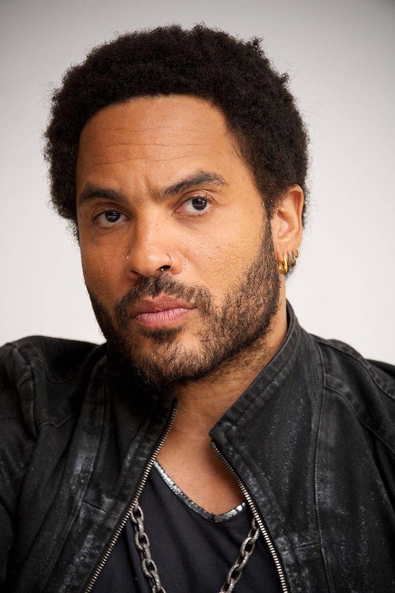 Lenny kravitz pants tear bing images - Lenny Kravitz Lenny Kravtiz S Mother Is Part African Part Bahamian And His Father Hails From Russian And Is Jewish This Of Course Means Kravitz Himself