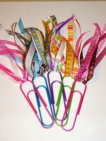 the perfect line: DIY: 18 Crafty Bookmarks Tutorials and Ideas