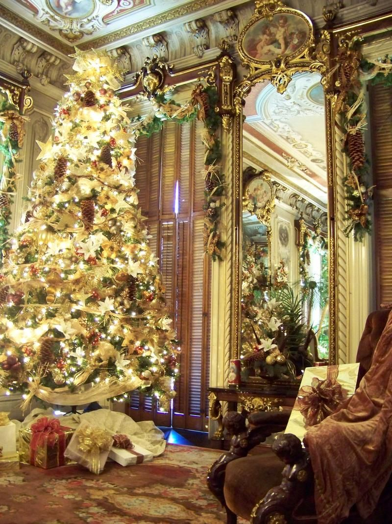 So Beautiful Victorian Decorated Christmas Trees Return
