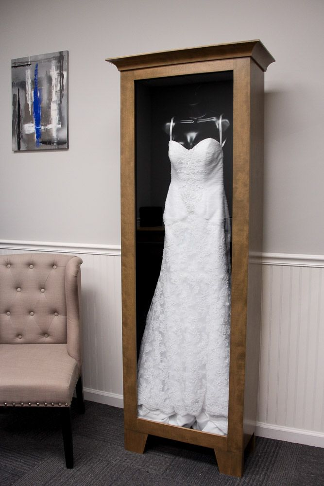 WEDDING DRESS DISPLAY CASE – Distinctive Millworks