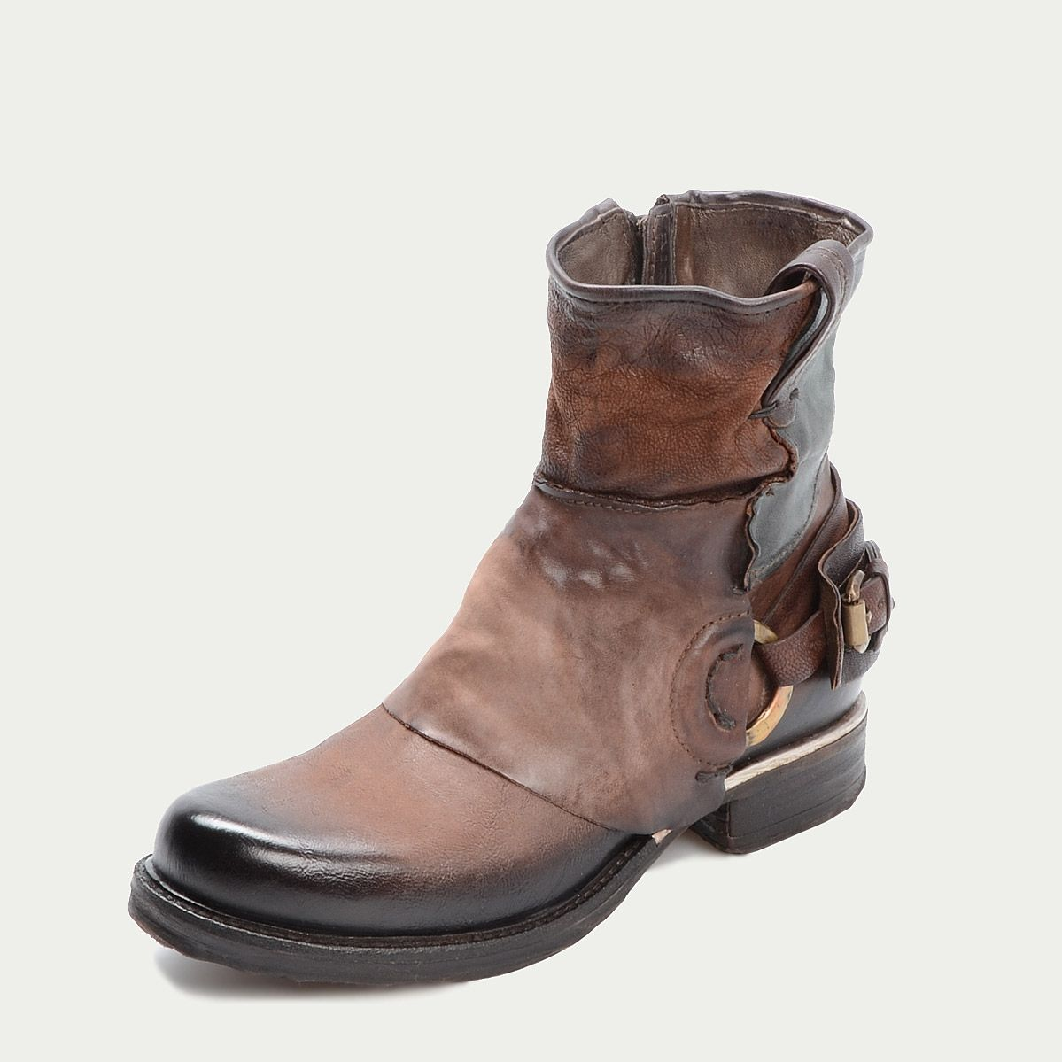 AirStep Boots Patchwork look meets on cool biker boot